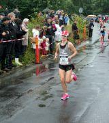 Bild på löpare med startnummer 56 i Tjejmilen 2012