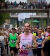 Bild på löpare med startnummer 1540 i Stockholm Marathon 2013