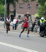 Bild på löpare med startnummer 49 i Stockholm Marathon 2013